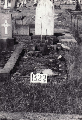 Historic picture of Makaraka cemetery, block MKF, plot 1322.