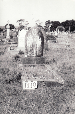 Historic picture of Makaraka cemetery, block MKF, plot 1330.