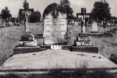 Historic picture of Makaraka cemetery, block MKG, plot 328.