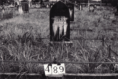 Historic picture of Makaraka cemetery, block MKG, plot 489.
