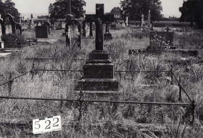 Historic picture of Makaraka cemetery, block MKG, plot 522.