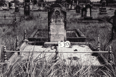 Historic picture of Makaraka cemetery, block MKG, plot 530.
