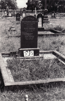 Historic picture of Makaraka cemetery, block MKG, plot 535.