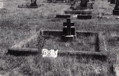 Historic picture of Makaraka cemetery, block MKG, plot 685.