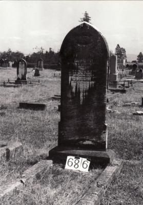 Historic picture of Makaraka cemetery, block MKG, plot 686.