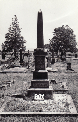 Historic picture of Makaraka cemetery, block MKG, plot 710.