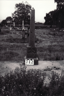 Historic picture of Makaraka cemetery, block MKG, plot 712.