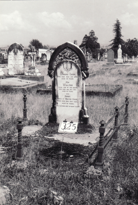 Historic picture of Makaraka cemetery, block MKH, plot 325.