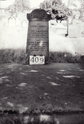 Historic picture of Makaraka cemetery, block MKH, plot 409.