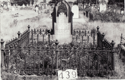 Historic picture of Makaraka cemetery, block MKH, plot 439.