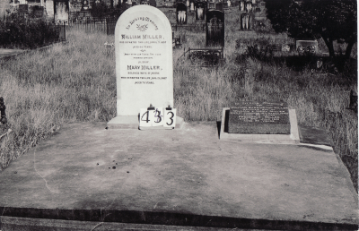 Historic picture of Makaraka cemetery, block MKH, plot 443.