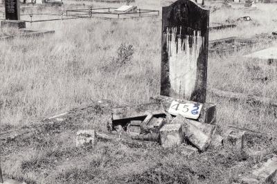 Historic picture of Makaraka cemetery, block MKH, plot 452.