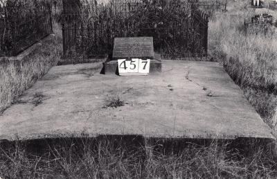 Historic picture of Makaraka cemetery, block MKH, plot 457.