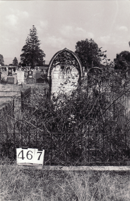 Historic picture of Makaraka cemetery, block MKH, plot 467.