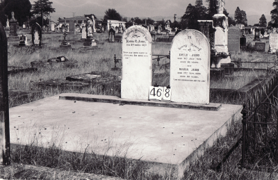 Historic picture of Makaraka cemetery, block MKH, plot 468.