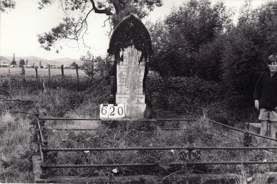 Historic picture of Makaraka cemetery, block MKI, plot 620.