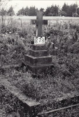 Historic picture of Makaraka cemetery, block MKI, plot 878.