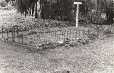 Historic picture of Makaraka cemetery, block MKK, plot A.
