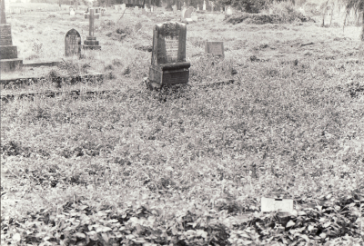 Historic picture of Makaraka cemetery, block MKK, plot B.