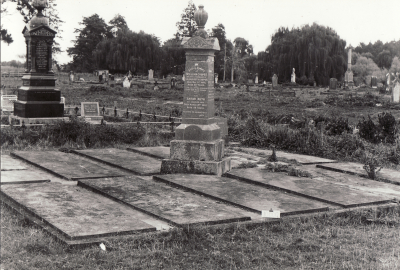 Historic picture of Makaraka cemetery, block MKL, plot C.