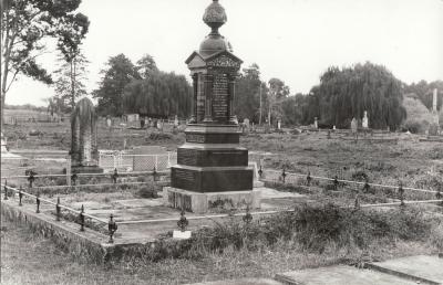 Historic picture of Makaraka cemetery, block MKL, plot D.