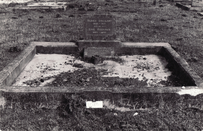 Historic picture of Makaraka cemetery, block MKM, plot 1086.