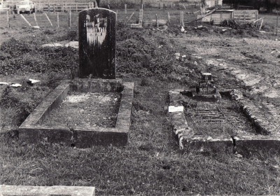 Historic picture of Makaraka cemetery, block MKM, plot 1446.