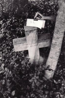 Historic picture of Makaraka cemetery, block MKOLD, plot 39.