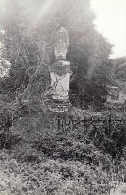 Historic picture of Makaraka cemetery, block MKOLD, plot 81A.